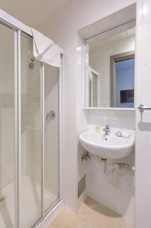 RDP_City_Square_Motel_Rooms-10